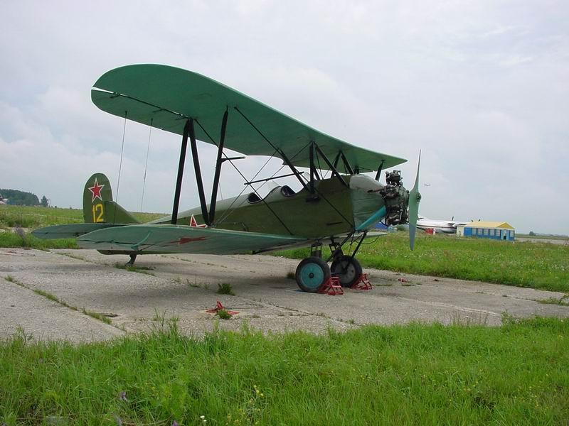 Самолет Поликарпова По-2 (У-2). Устройство и обслуживание.